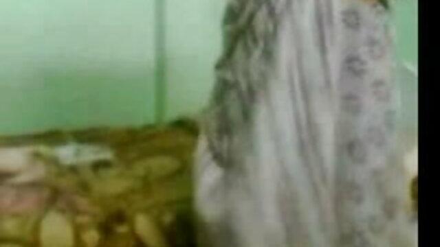 तलाकशुदा एमआईएलए पोर्न स्टार सेक्स मूवी हिंदी इंग्लिश सपना रहता है