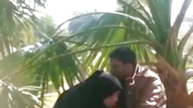 एमेच्योर सुडौल एमआईएलए गधा अंग्रेजों की सेक्सी मूवी पिक्चर मुँह करने के लिए