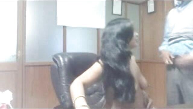शौकिया कार्यालय में हिंदी सेक्सी पिक्चर फुल मूवी वीडियो चूसने