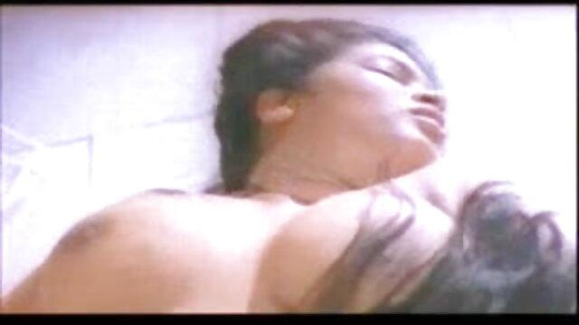 ऑफिस में मस्त हिंदी सेक्सी पिक्चर मूवी फूहड़